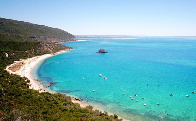 Praia do Portinho da Arrábida e a Praia do Creiro no Parque Natural daArrábida